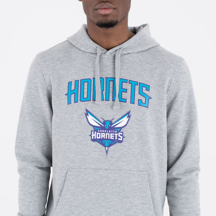 sudadera new era hornets