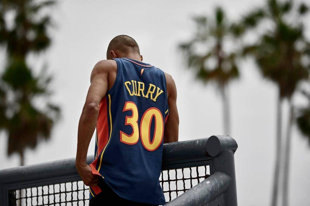 camiseta swingman de curry con warriors