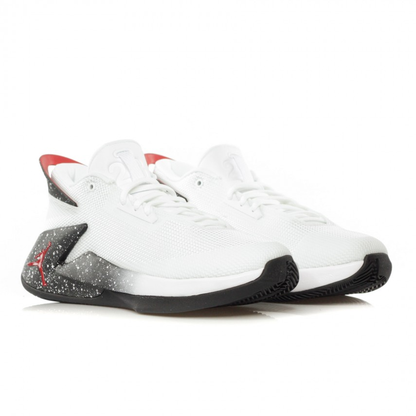 zapatillas jordan fly lockdown AO1547-100