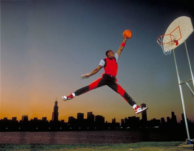 Jordan con el chandal original de 1985